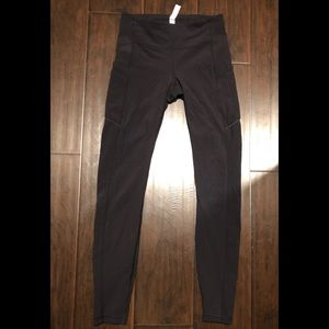 Lululemon speed up tights size 4!
